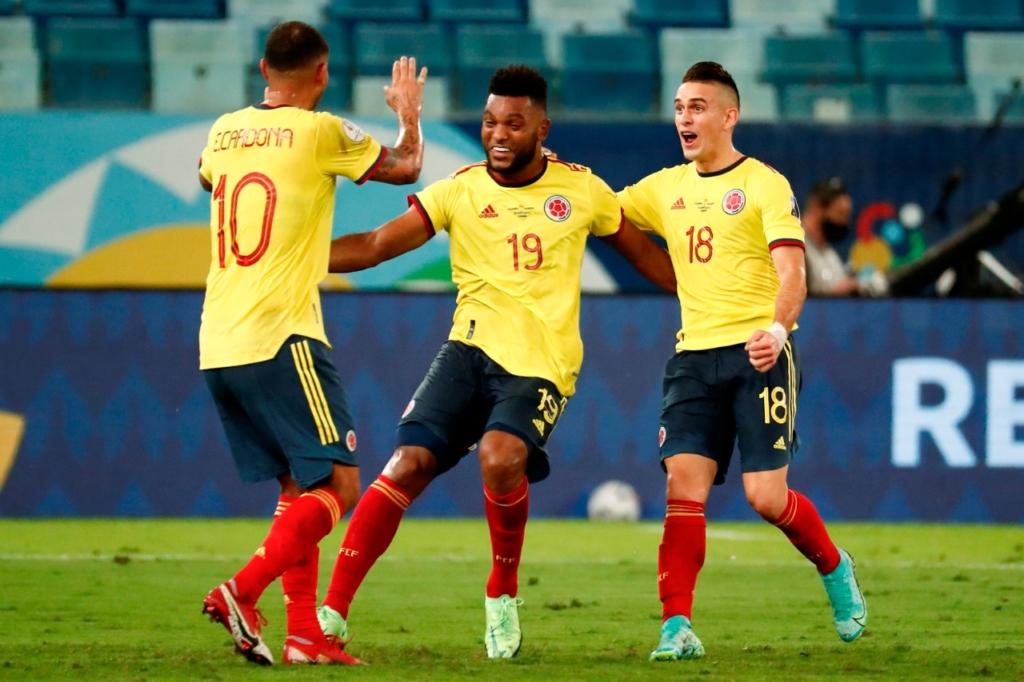 Colombia le pegó a Ecuador. Foto: Twitter